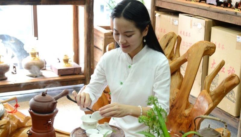 林莲英-中国茶艺师联盟广东汕头分会会长